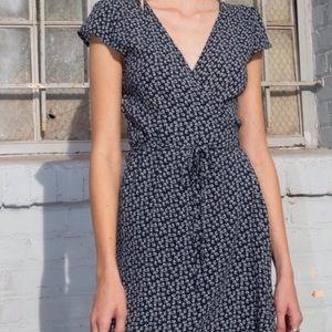 Robbie dress (brandy Melville)